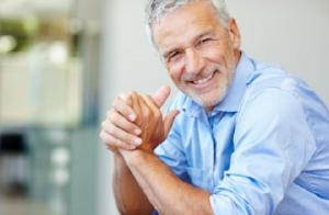 adhesivos para prótesis dentales - sonrisa