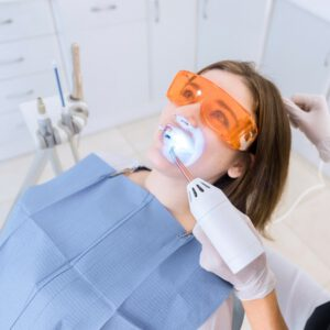 odontologia estetica en Brunete - blanqueante