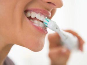 clinica dental cerca de Majadahonda - cepillo electrico