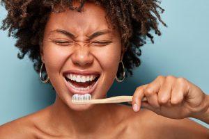 dentifricos-para-sarro-mujer